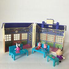 Peppa Pig Deluxe School House Playset Door Bell Rings (See Video)