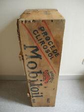 ancienne caisse bois bidon Gargoyle Mobiloil automobilia déco old wooden crate