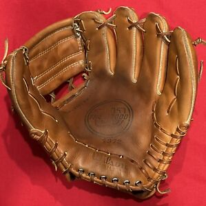 Wilson USA A2000 Rare 1372 Pro Issue Single Solid Web Baseball Glove Mitt 11 1/4