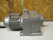 SEW-EURODRIVE ELECTRIC GEARMOTOR R67 DT71D6 3 PH 158.14:1 RATIO 0.34 HP NEW