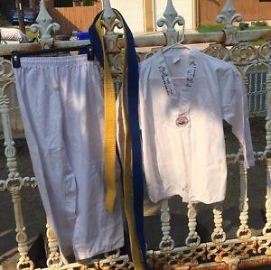 Kid's Martial Arts uniform & 2 BELTS yellow blue Jung Kim's Martial Arts size 1