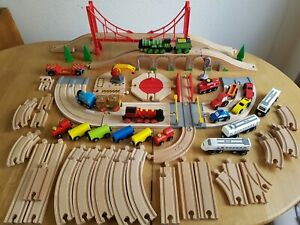 Wooden Train & Road Track Bundle Battery Engine Cargo Crane BRIO BigJigs VGC