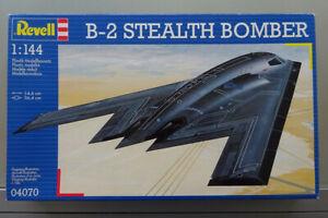 Revell 1/144 Northrop B-2A Spirit