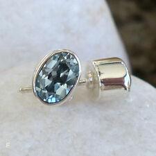 Schöne Ohrstecker mit  Blautopas -925 Silber- Elegant
