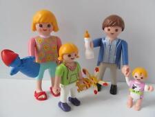 Playmobil Figuras Dollshouse: familia con Bebé, Niña Y Juguetes Nuevos