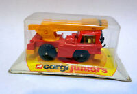 CORGI JUNIORS Mobile crane #88  red and yellow - small carded 1976 blister pack