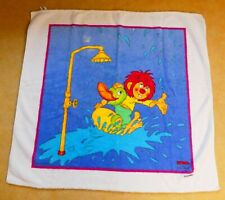 Baby-Badetuch_Pumuckl mit Ente unter der Dusche_95 x 88 cm_kuschlig_TOP_Vossen