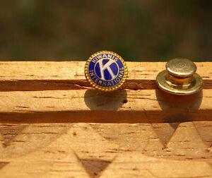 """Kiwanis International K 3/8"""" Gold Tone Metal & Enamel Lapel Pin Pinback"""
