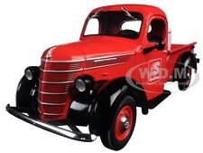 1938 INTERNATIONAL D-2 PICKUP TRUCK WITH LOAD SPEEDWAY 1/25 FIRST GEAR 49-0365