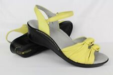 J-41 Jambu Women's Gillie Ankle Strap Wedge Sandals Size 9.5M Yellow Leather