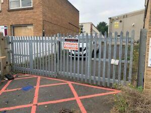 Used palisade gates