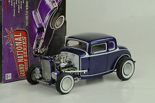 1932 Ford 5 Window hot rod highboy national deuce series # 4 purple 1:18 ACME