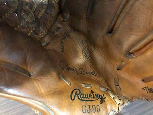 Vintage Mickey Mantle Baseball Mitt/Glove Rawlings GJ99