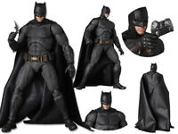 Batman Justice League S.H Figuarts SHF PVC Action Figurine Figure 16cm No Box