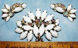 RARE HUGE VINTAGE D&E JULIANA MILK GLASS AB RHINESTONE LOTUS FLOWER PIN EARRINGS
