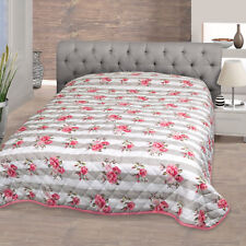 Delindo Lifestyle Tagesdecke Bettüberwurf Sofadecke Rosen für Einzelbett 140x210