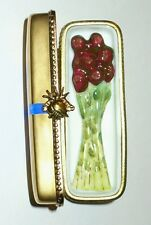 LIMOGES ~ ROCHARD ~ GOLD BOX & 3D BOUQUET OF ROSES & BLUE BOW ~ HAND PAINTED