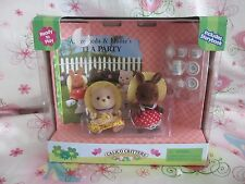 CALICO CRITTERS SYLVANIAN FAMILY....ANDROMEDA & HOLLIE'S TEA PARTY...VERY RARE!