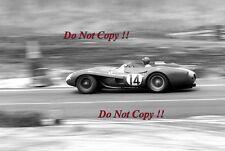 Peter Collins FERRARI 250 TR58 Winner Sebring 12 H 1958 Photographie 1