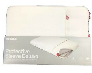 """Incase Protective Sleeve Deluxe Pouch Case for MacBook Pro 15"""" White"""