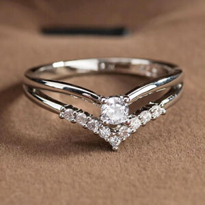 1.34 TCW Round Cut Moissanite Unique Engagement Ring 14k White Gold Plated