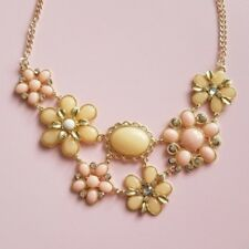 NWT Yellow Gold Tone Blush Pink Flower Oval Large Statement Collar Necklace