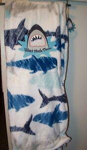 """SHARK THROW BLANKET NW 50"""" x 60"""" NW VELVET PLUSH BLUE WHITE GRAY JAWS OCEAN"""