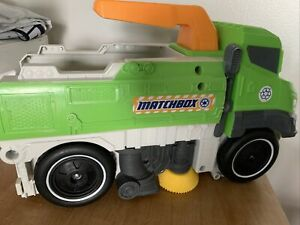 Mattel Matchbox Sweep N' Keep Toy Truck Green Recycle Street Sweeper