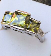 Art Deco / Vintage 10kt White Gold Trio Peridot Princess Cut Zirconia Ring  R