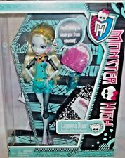 MONSTER HIGH DOLL *LAGOONA BLUE* SCHOOL'S OUT 6+ NIB