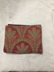 """POTTERY BARN RED PAISLEY TABLE RUNNER 18"""" X 108"""" COTTON & LINEN"""