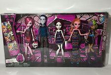 Monster High Maul Monsteristas 5 Pack Billy Gigi Draculaura Wolf, Spectra, NEW
