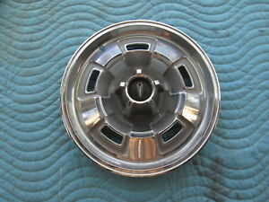 """Vintage 1967 CHRYSLER PLYMOUTH 14"""" HubCap Hub Cap Very Good Condition"""