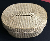 """Tight Woven Basket With Lid, Small , 7"""" X  5"""" X 3.25, Beautiful"""