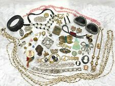 48pc~ESTATE~DECO~JEWELRY~LOT~WEAR~REPAIR~CRAFT~BRACELETS~BROOCHES~NECKLACES~PINS