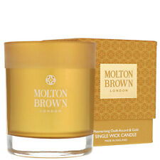 Molton Brown Mesmerising Oudh Accord & Gold Single Wick Candle 180g gift set