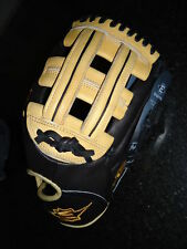 "EASTON PRO SERIES EPG51BW GLOVE 11.75"" RH $219.99"