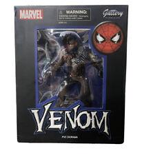 Marvel Diamond Select Gallery PVC Diorama Venom 10 in Figure