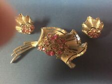 Vintage CORO Pink and Clear Rhinestone Brooch & Matching Screw-On  Ear Rings