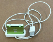 APPLE SHUFFLE A1204 iPOD WITH CHARGING DOCK PARTS OR REPAIR LIGHT TURNS ON