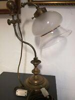 ORIGINALE LAMPADA DA SCRIVANIA IN OTTONE E VETRO DECORAZIONE LIBERTY VINTAGE