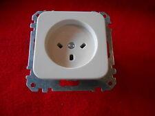 Merten HNA 204074 Steckdose weiß Neu 10A 250V mit Zentralplatte Neu