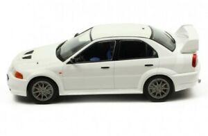 IXO 18CMC013 MITSUBISHI LANCER RS EVO VI diecast model car white 1998 1:18th