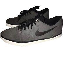 Nike Casual Shoes US 8 AU 7-7.5