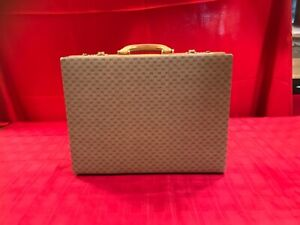 GUCCI VINTAGE ATTACHE CASE  MEN- WOMEN  MADE IN ITALY AUTHENTIC
