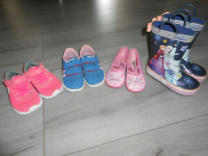 Lot chaussures fille taille 25-26 : Adidas, Nike, Reine des Neiges