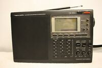 REALISTIC DX-390 AM FM STEREO LW SW PORTABLE RECEIVER