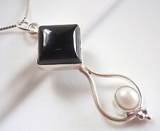 Black Onyx and Cultured Pearl in Dripping Hoop Pendant 925 Sterling Silver New