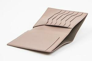 Tom Ford Beige Shiny Grained 100% Calf Leather Bifold Wallet Card Holder