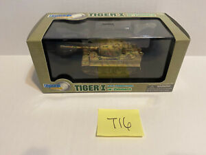 Dragon Armor Tiger Late I Production w/ Zimmerit Sd.Kfz. 181 1:72 Scale